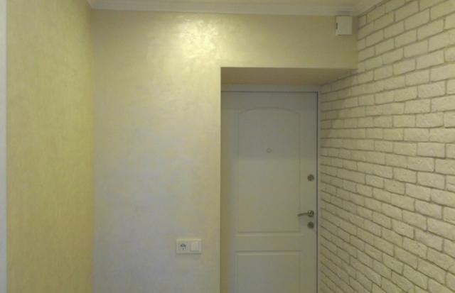 Декоративная штукатурка: фото в интерьере, критерии выбора