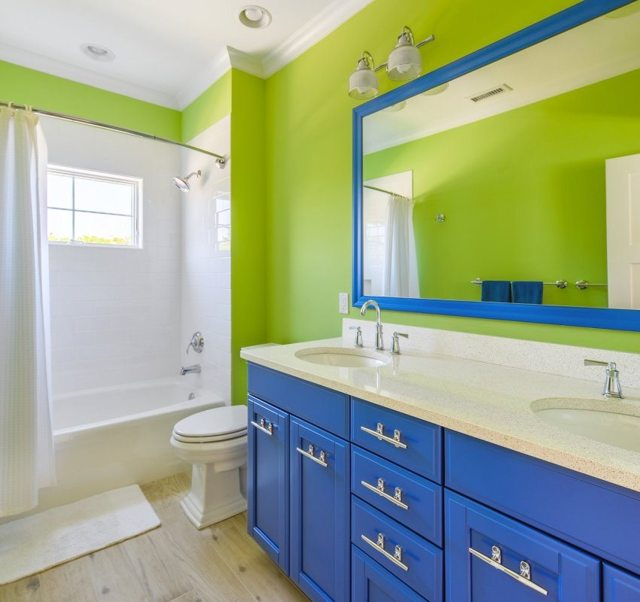 Интерьер ванной комнаты совмещенной с туалетом - рекомендации!
