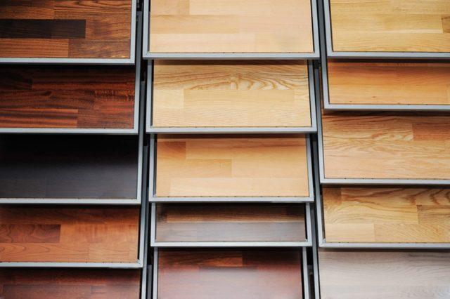 Какой ламинат лучше выбрать для квартиры: виды и характеристики