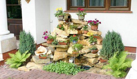 Альпийская горка с камнями на даче своими руками: фото и примеры
