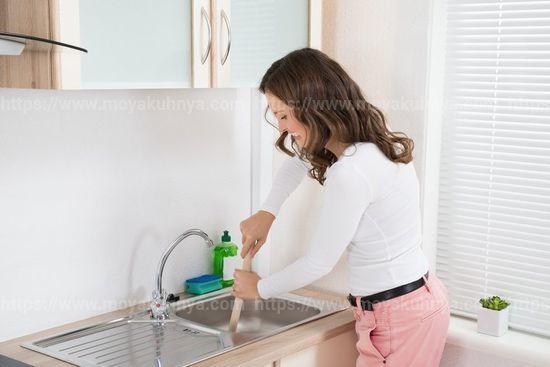 Как устранить запах из раковины на кухне - советы