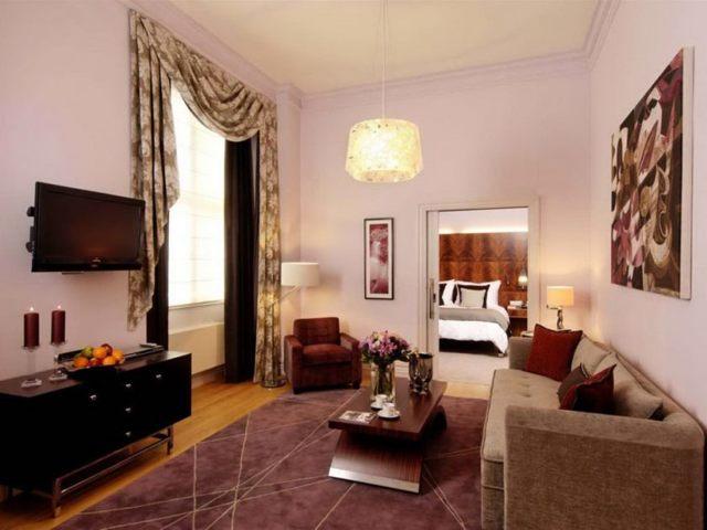 Дизайн зала в квартире: цвета, варианты отделки, декор, стилевые решения
