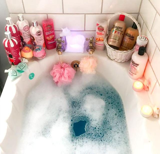 Бомбочки для ванны: что такое, какие бывают, как их сделать своими руками
