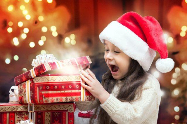 Как украсить детский сад на Новый год своими руками: лучшие идеи