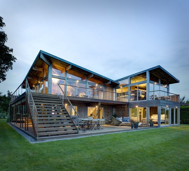 Красивый дом с панорамными окнами: фото и цена на проекты
