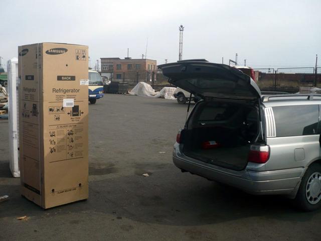 Можно ли перевозить холодильник лежа: решение основной проблемы переезда