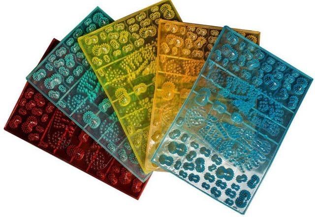 Массажный коврик для спины: разновидности, плюсы и минусы для здоровья