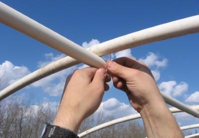 Парник своими руками из ПВХ труб - пошаговая инструкция!