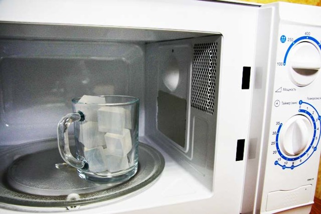 Мыловарение в домашних условиях: как варить мыло своими руками на мыльной основе и «с нуля»