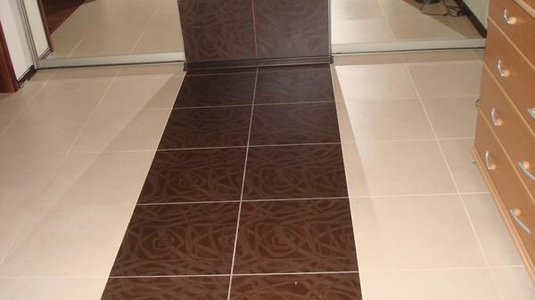 Плитка на пол для коридора и кухни: фото, выбор, раскладка, уход