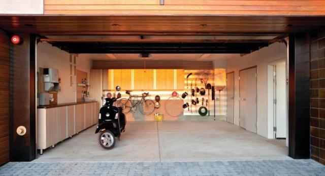 Полезные приспособления для гаража своими руками