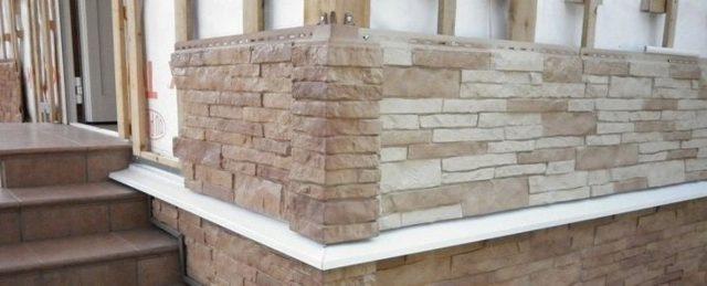 Сайдинг «под кирпич» и «камень»: достоинства, разновидности, монтаж