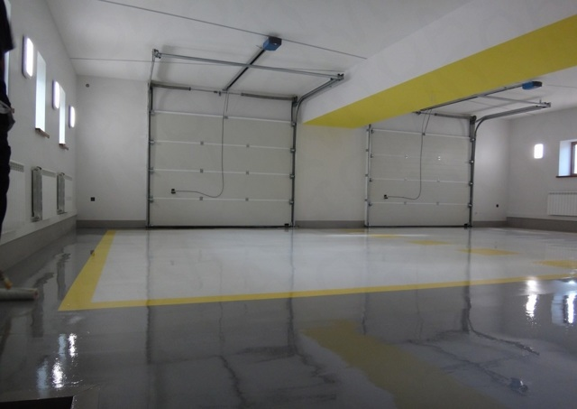 Пол в гараже что лучше: сравнение и описание
