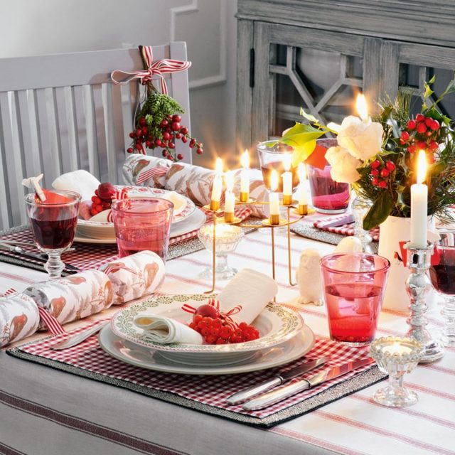 Украшение новогоднего стола: традиции, новшества, правила