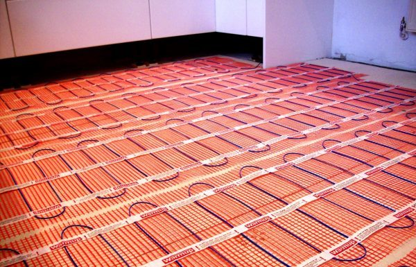 Теплый пол под линолеум на деревянный пол: нюансы монтажа