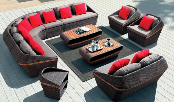 Мебель из искусственного ротанга: применение дома и в саду