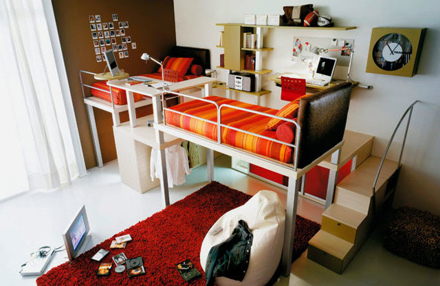 Кровать-чердак с рабочей зоной для подростка: выбор, изготовление