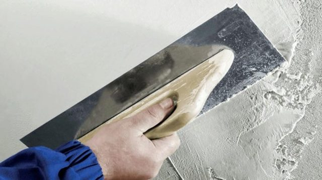 Шпатель для шпаклевки стен - как выбрать?