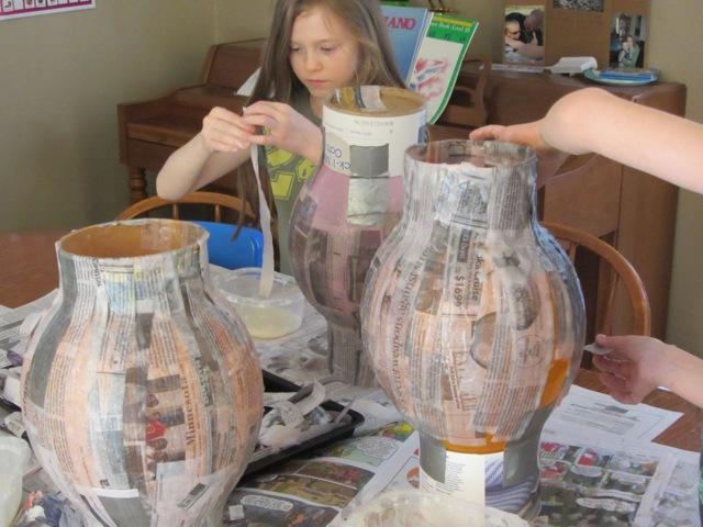 Папье-маше своими руками: как сделать, способы изготовления поделок