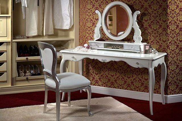 Туалетный столик с зеркалом и подсветкой: варианты, размещение
