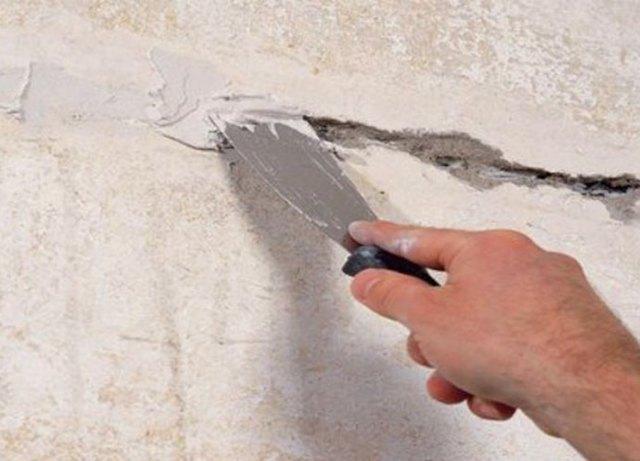 Шпаклёвка стен под обои своими руками: как нужно шпаклевать стены финишным составом