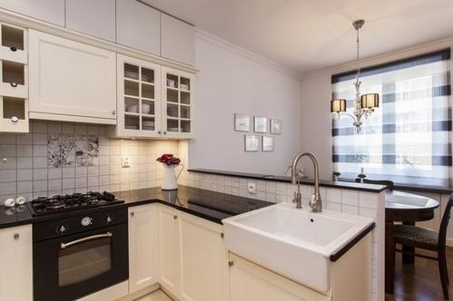 Угловые кухни: дизайн, фото, варианты расположения