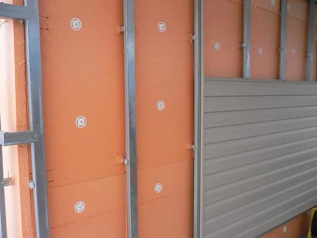 Утеплитель для стен дома снаружи под сайдинг: критерии выбора