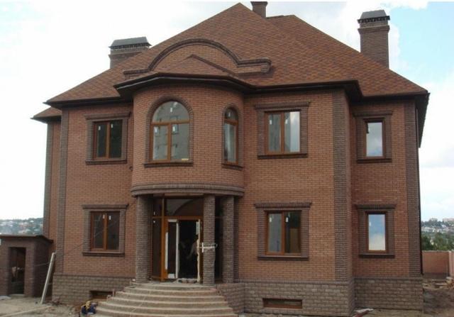 Проекты домов из кирпича: одноэтажные и двухэтажные